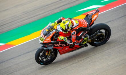 Bautista marca el ritmo en la primera jornada de las Superbikes en MotorLand