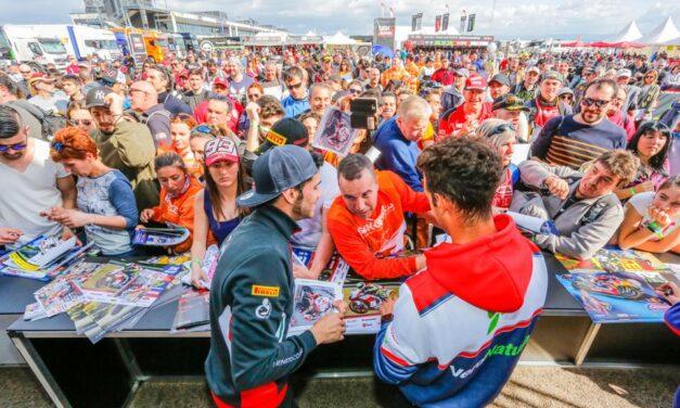 Los equipos, pilotos y organización del mundial de Superbikes desembarcan en MotorLand
